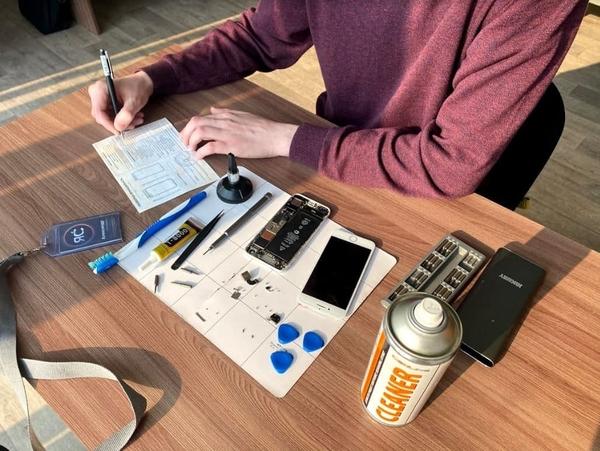 Консультация по ремонту iPhone в сервисе ЯСделаю 4