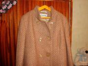 Продаю новое женское демисезонное пальто.