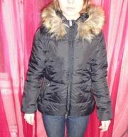 Куртка с мехом на капюшоне
